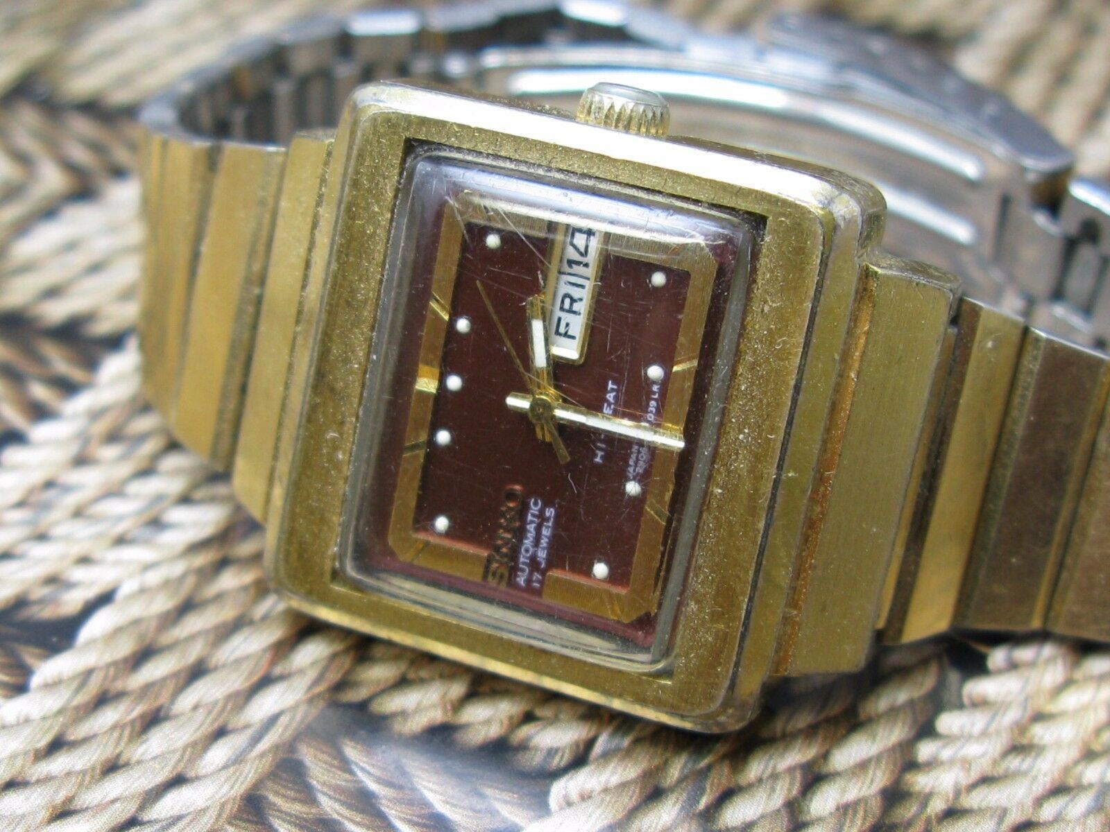 Vintage Seiko women watch automatic 17 jewels japan serviced hi-beat image 3