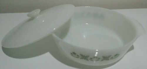 MAKE OFFER》Vintage 1.5 Qt Anchor Hocking Covered Baking Dish》Green flowers - $29.68