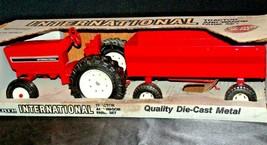 1991 Ertl International Tractor and Wagon Farm Set in Box AA20-JD2082 - $79.95