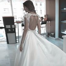 Scoop Short Sleeves Lace Satin Wedding Dress Open Backless Bridal Gowns Sexy Lon image 2