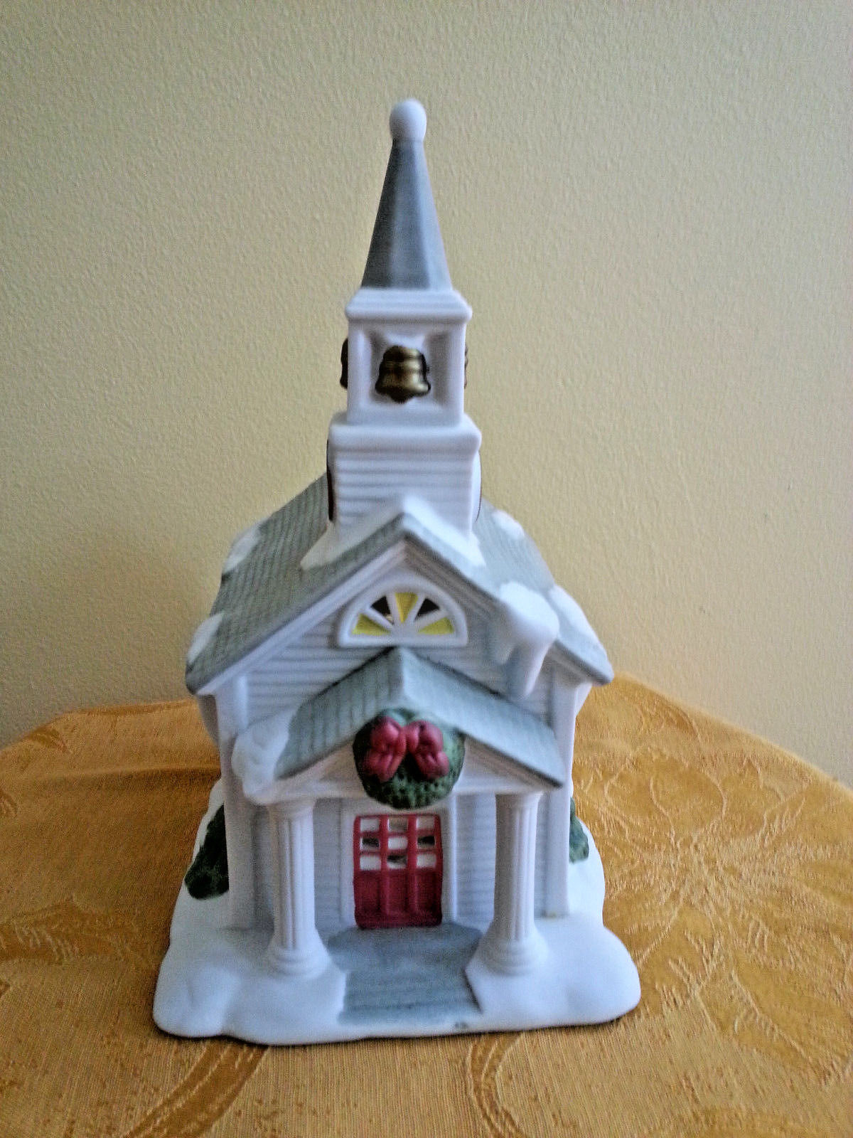 Partylite The Church P0428 Winter Village Decor Wreath Snow Original Box Wreath