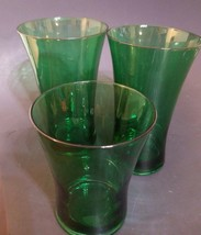 Lot Of 3 Emerald Green Anchor Hocking Drink Glasses - $26.99