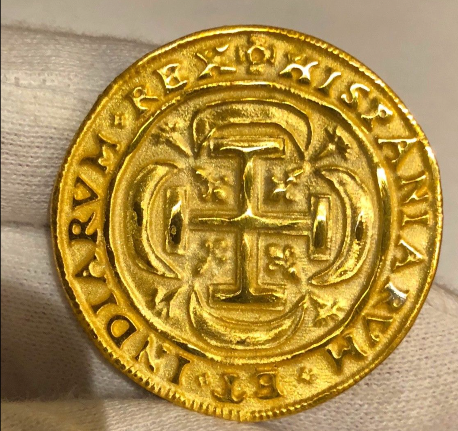 MEXICO REPO 1715 FLEET ROYAL 8 ESCUDOS NGC GOLD PLATED PIRATE TREASURE COIN