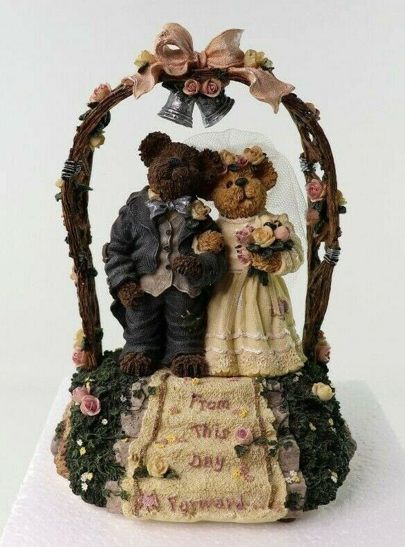 "Boyds Bearstone Collection ""Mr and Mrs. Everlove"" Music Box 1E/3641 #270561 New image 2"