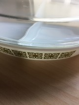 Pyrex 1.5qt milk glass divided dish with square flower design and glass cover image 4
