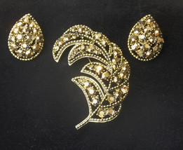 Weiss Hollywood Glamour 1960's Vintage Gold Rhinestone Leaf Brooch Earri... - $85.00