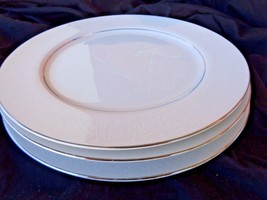 Crown Victoria  Lovelace 10 3/8in  Dinner Plate... - $10.00