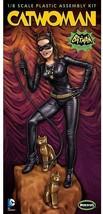 Moebius 1966 Batman Catwoman figure 1:8 model kit 952 - $30.69