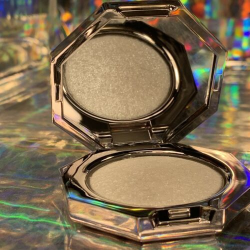 ! Fenty Beauty Mini Diamond Bomb HOW MANY KARATZ ?! Travel