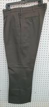 Lee Mens Pleated Front Gray Dress Pants Sz 40x30 New - $9.89