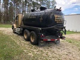 1993 International 9400 For Sale in Hammond, Louisiana 70403 image 2
