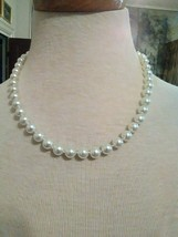"""VINTAGE NECKLACE  SINGLE STRAND GLASS COATED FAUX PEARL STRAND 18"""" BARRE... - $20.00"""