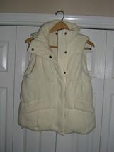 Womens Gap Puffer Vest Outerwear Size M - $14.85