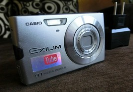 Casio EXILIM ZOOM EX-Z150 8.1 MP Digital Camera - Silver - $11.40