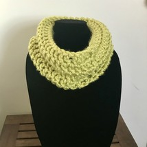 Crocheted Chunky Neck Cowl-Lime/Chartreuse color - €13,86 EUR