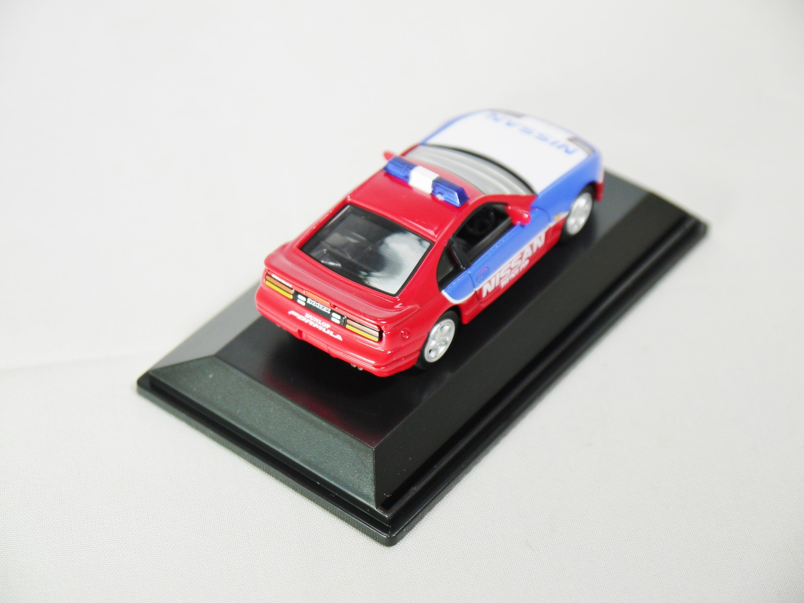 1/72 REAL-X NISSAN RACING CAR FAIRLADY Z 300ZX Z32 Safety Car BLUE & RED FIGURE