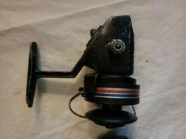 2 Vintage Swift 660 F Fishing Spinning Reels Pair Parts Repair image 5