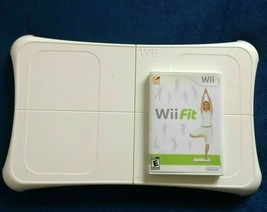 Wii Fit Game and Balance Board - EXCELLENT - FREE SHIPPING - $84.21 CAD