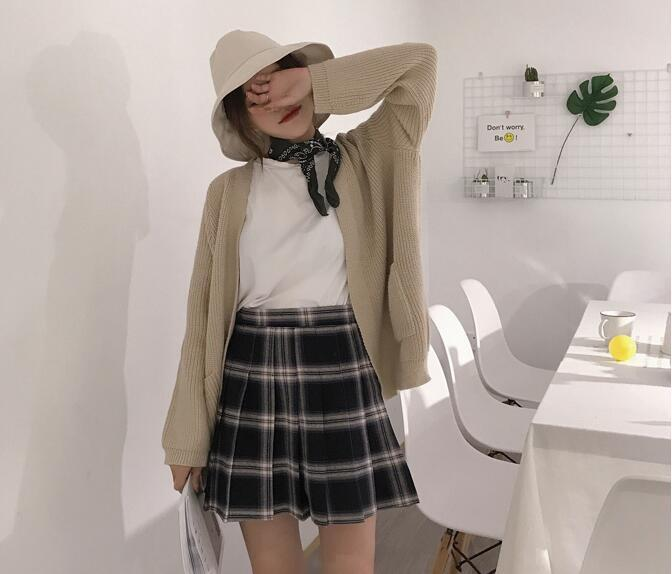 Gray plaid skirt 1