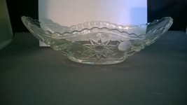VINTAGE ANCHOR HOCKING PRESCUT CLEAR GLASS CELERY/RELISH DISH Star of David - $10.00