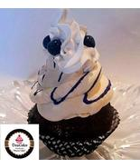 Dezicakes Fake Cupcake Blueberry Fake Cake decoration prop - €3,91 EUR
