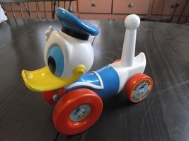 Vintage Donald Duck Ring Toss Disney - $8.00