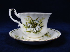 ROYAL ALBERT Teacup & Saucer January Flower of the Month SNOWDROPS England - $19.79
