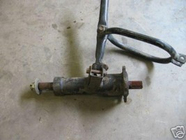 KAWASAKI 1995 400 BAYOU LIQUID COOLED 4X4 LEFT AXLE AND HOUSING PART 23,730 - $40.00