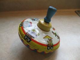 Spinning Top Vintage Circus Animals & Train Design - $7.79