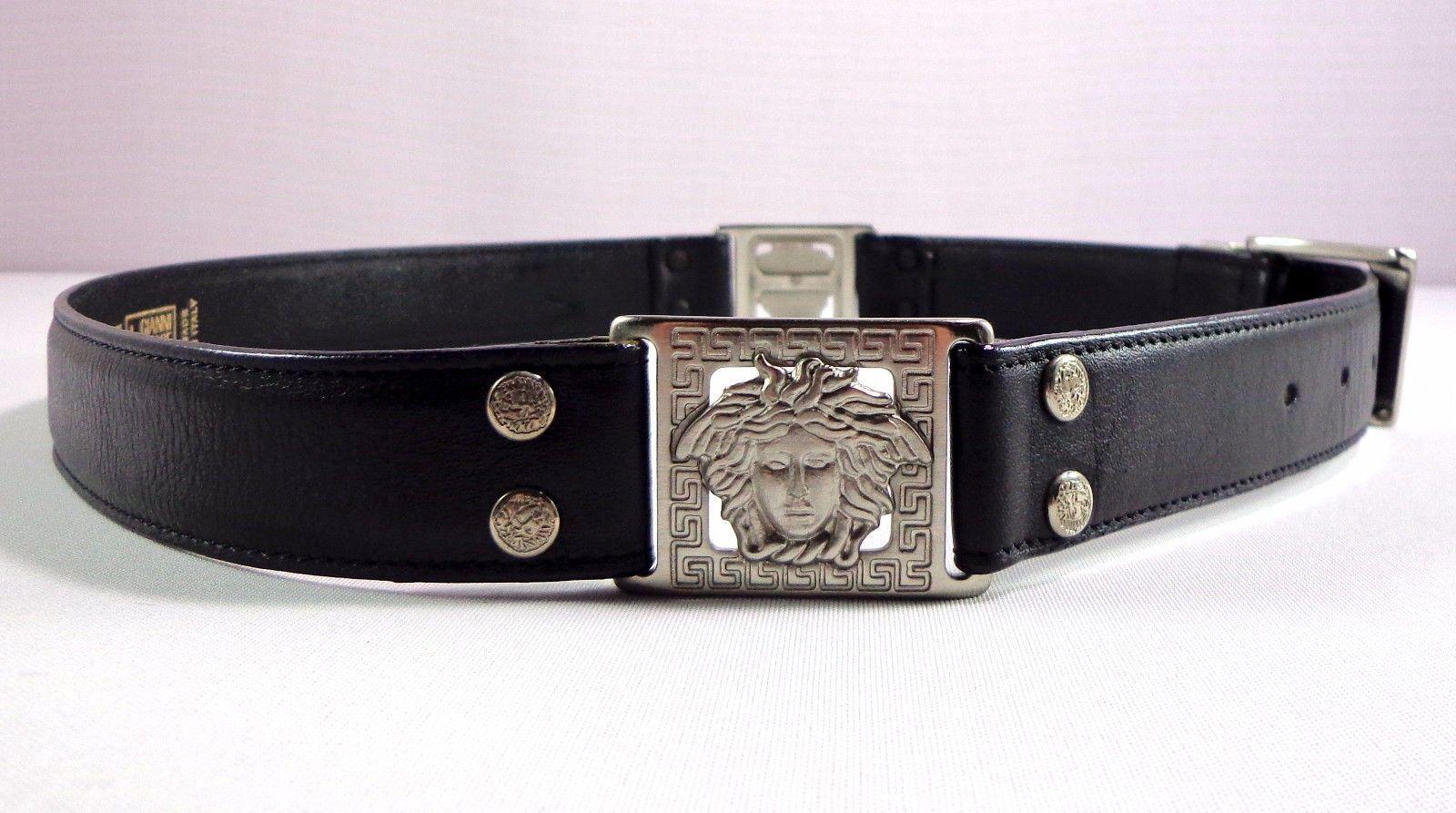 Womens Vintage Gianni Versace Medusa Black Leather Belt Size 75 / 30 Italy