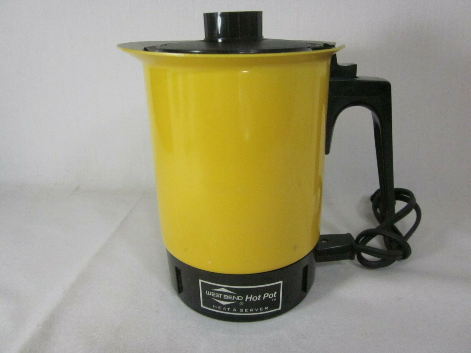 Primary image for Vintage West Bend 3255 Hot Pot 2-6 Cup Heat And Serve 36 oz
