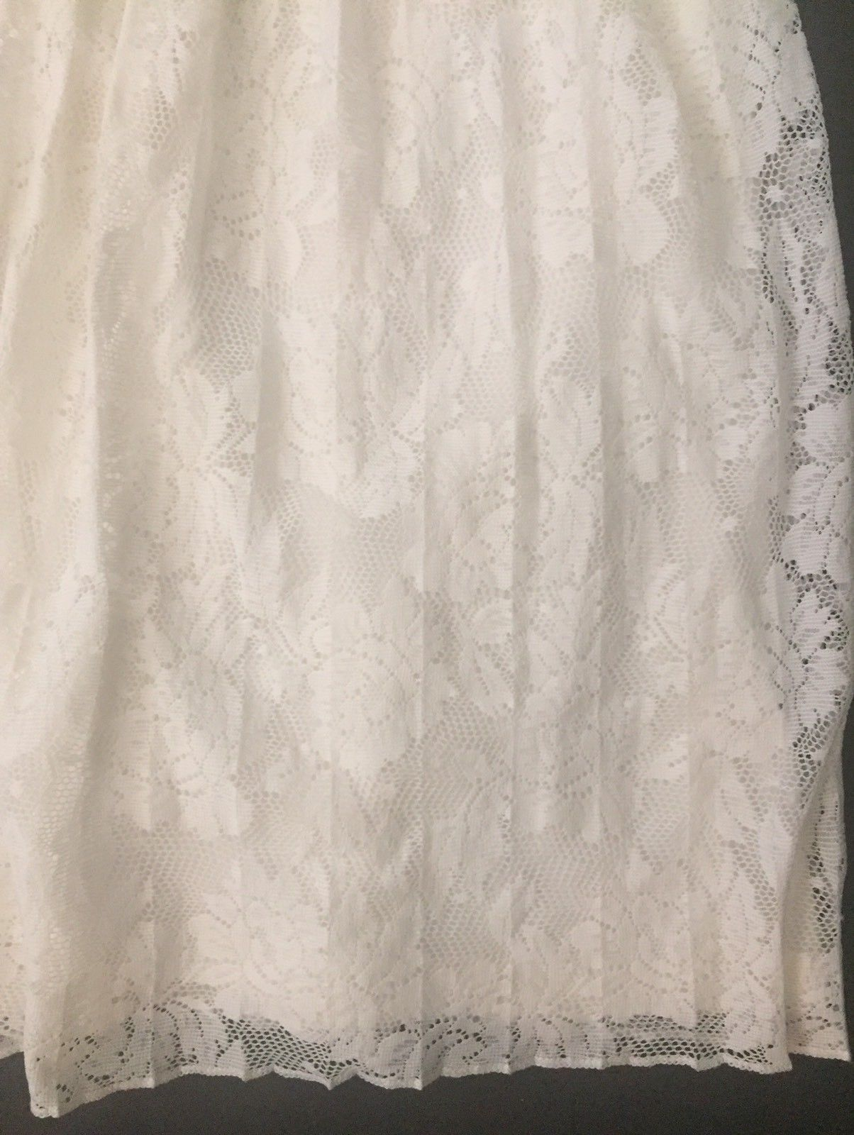 Romeo & Juliet Couture Off White Lace Skirt S Lined Pleated Flowing Holiday