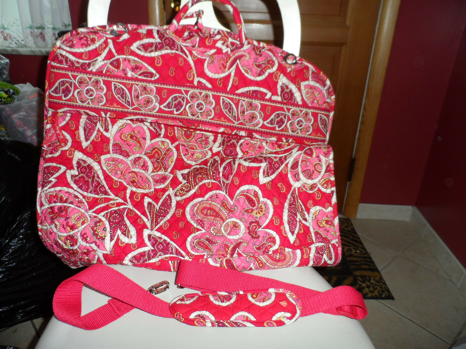 Primary image for Vera Bradley Rosey Posey Garment bag EUC