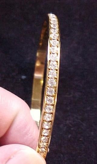 Vintage AVON Golden Rhinestone Band Bangle Bracelet