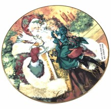 "Avon Porcelain Trimmed In 22k Gold "" The Wonder Of Christmas ""Plate 1994 - $19.15"