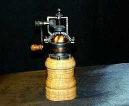 Replica Olde Thompson Pepper Grinder with Box AA-191971 Collectible 3044-36-0 image 4