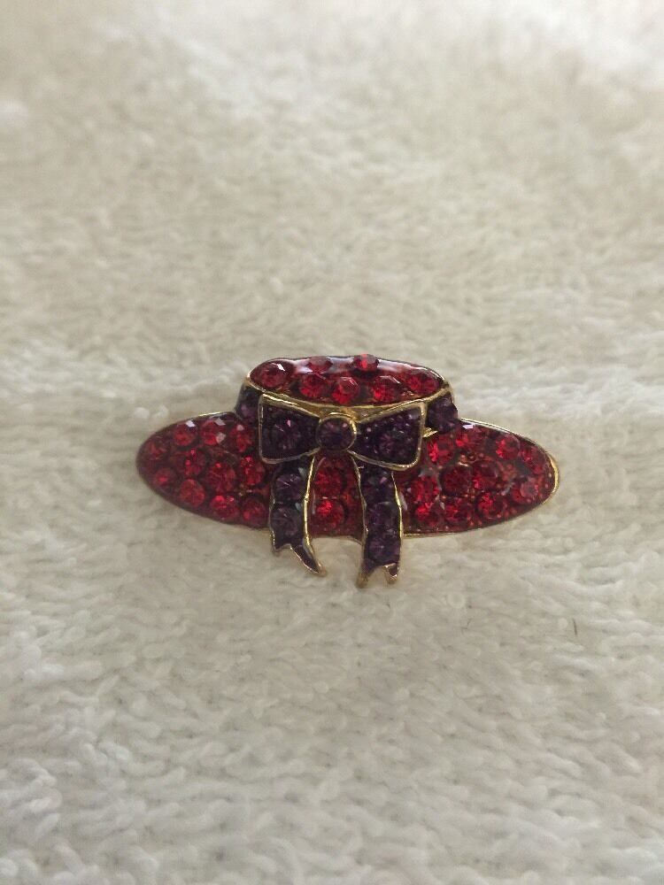Vintage Red Hat Society Glass & Metal Lapel Brooch Pin image 11