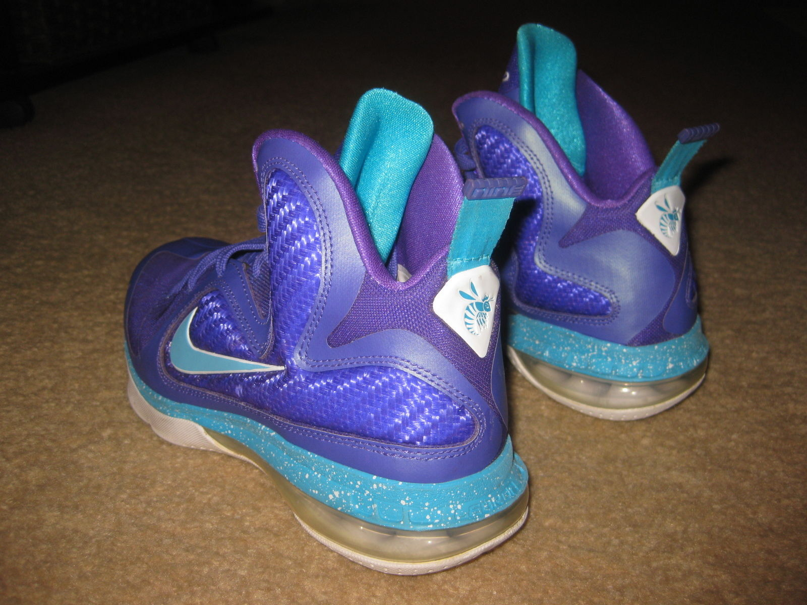 size 40 7e5a0 c7105 NIKE LEBRON JAMES 9 GS SUMMIT LAKE HORNETS 472664-500 US SIZE 5Y KIDS NICE