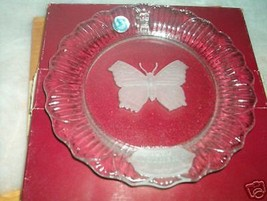 <><  Goebel 1979 first edition Mothers Day crystal plate etched butterfly - $6.42