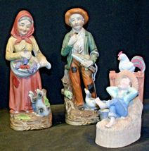 Country Living Figurines - Man, Woman and Child AA-191974 Vintage image 7