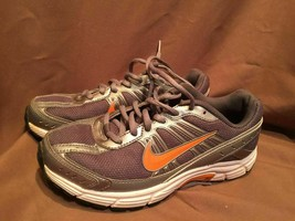 (USED/WORN) NIKE DART 8 WOMENS SIZE 6.5 RUNNING SHOES GREY ORANGE - $38.60