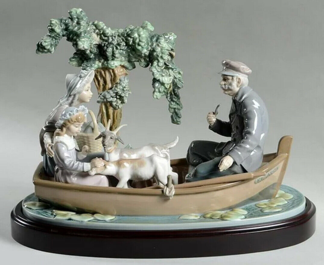 Primary image for Lladro 01005216 On the Lake Porcelain Figurine Perfect Condition