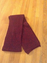 Victoria's Secret Sweater Knit Warm Winter Scarf Dark Red Black NWOT - $18.32 CAD