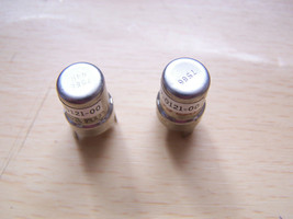 Lot Of 2 Rca Nuvistor Tubes 7586 157-0121-00 - $13.85