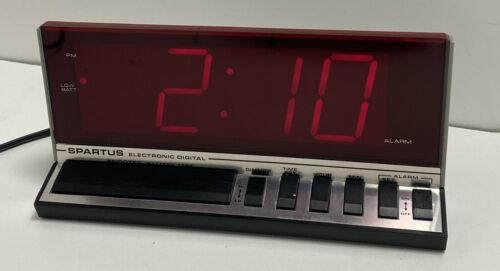 Vintage Spartus 1150 Electronic Digital Clock Red LED Alarm Clock/Large Display - $12.99