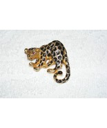 VINTAGE PARK LANE LEOPARD BROOCH PENDANT WITH PURPLE RHINESTONE COLOR EY... - $24.99