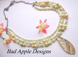 Shell Mother Of Pearl Pink Green Glass Crystal Necklace Beach Boho Triba... - $21.37