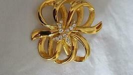 "1.5""DESIGNER SIGNED MONET RIBBON BOW FAUX DIAMOND X 10 KISS BROOCH PIN, ... - $4.94"