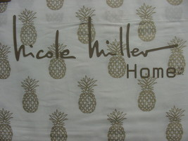 Nicole Miller Gold Pineapples on White Cotton Sheet Set Queen - $86.00