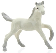 Hagen-Renaker Miniature Ceramic Horse Figurine Arabian Colt Leg Up